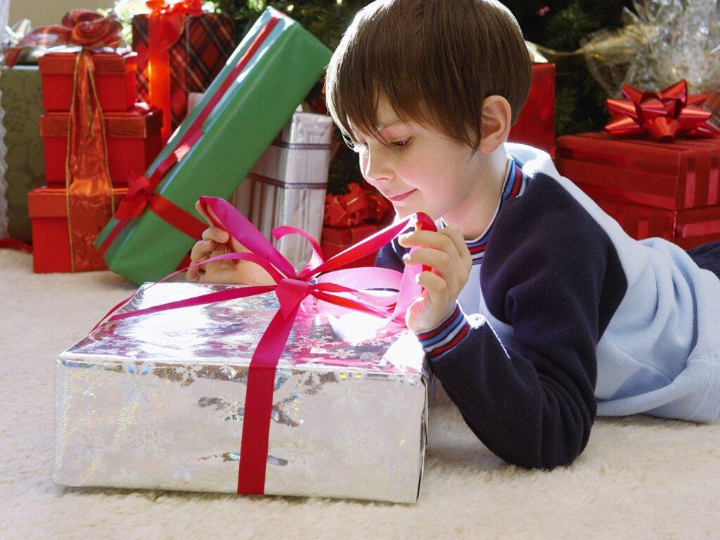 Подарок мальчику 6 лет на новый год