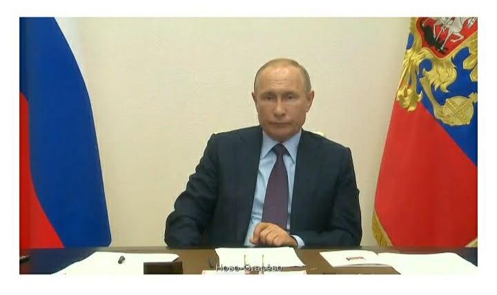 Путин о поправках к Конституции: президент лишится части полномочий