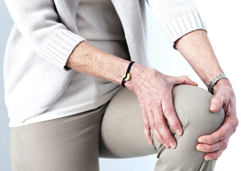 Странные ощущения в коленном суставе. В чём причина?