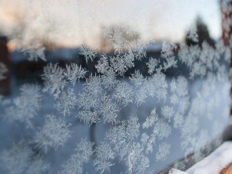Гидрометцентр предупредил о похолодании и сильном снегопаде